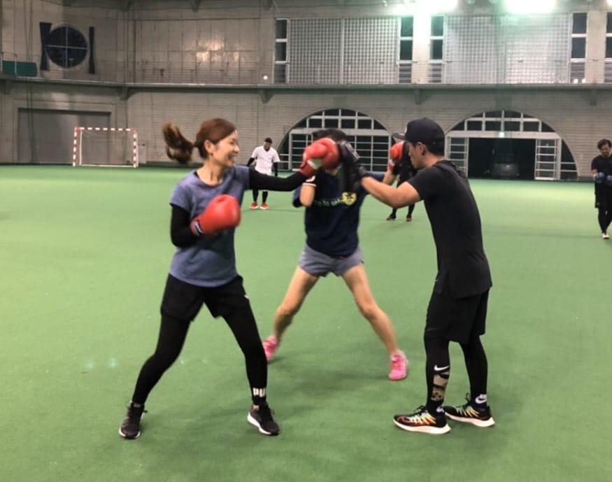 ダイエット、健康増進、ストレス発散など、ボクシングや空手道の動きを取り入れ、楽しく身体を動かします。初心者の方、女性の方も大歓迎⭐️                                               🥊レッツボクシン🥊